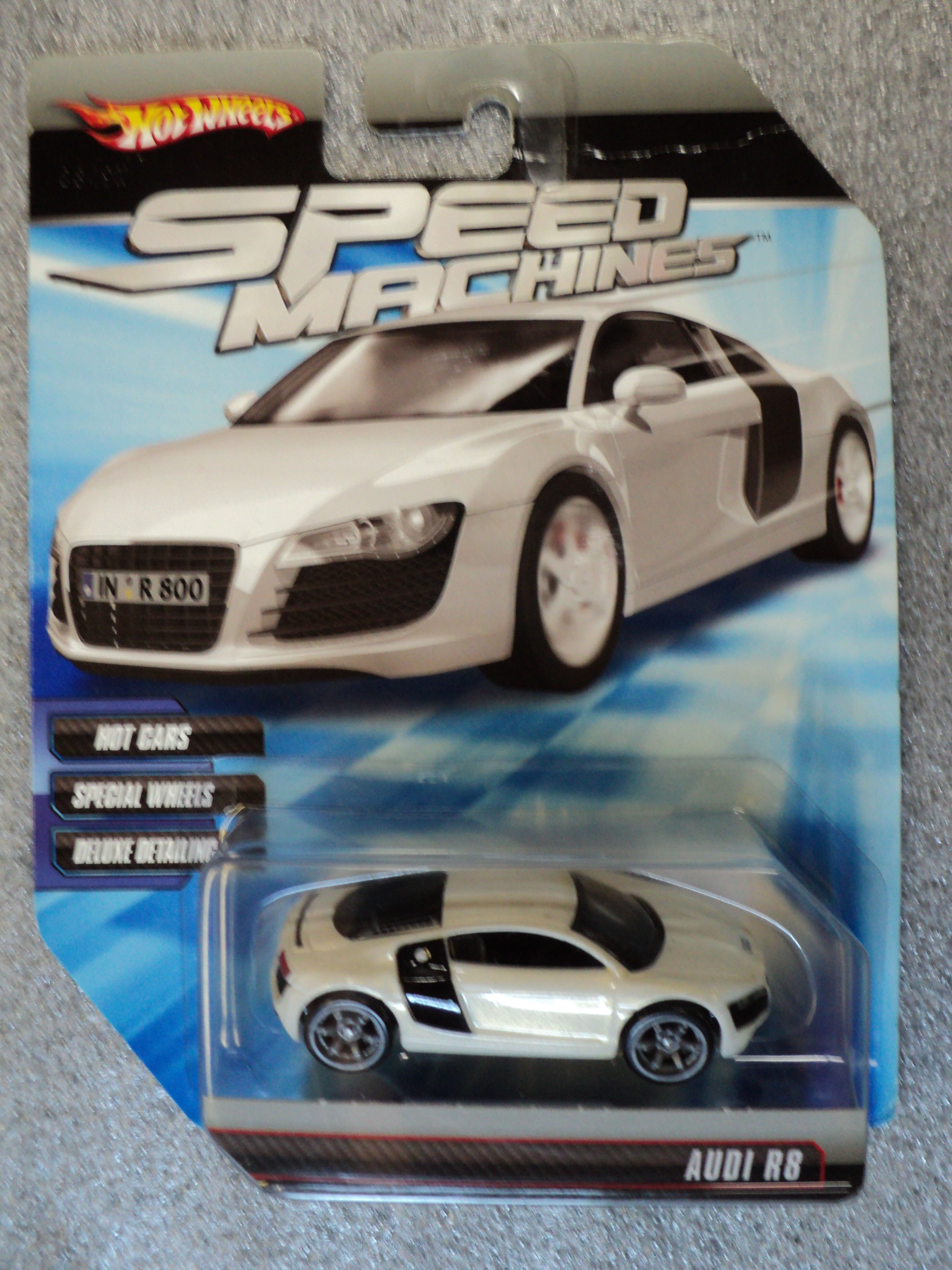 Hot Wheels 2010 Speed Machines - Audi R8 - Pearl White